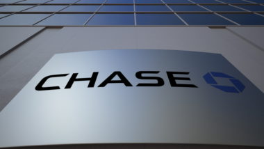 An image of the outside of a Chase bank.